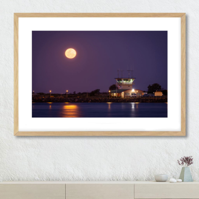 Forster Full Moon