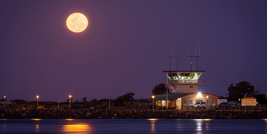Forster Full Moon Photo